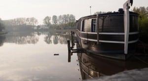 boat-hotel-de-barge_4.jpg